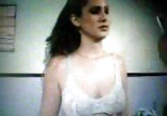 عبودية البلاستيك افلا سكسي مترجم تايلور قلوب محدودة